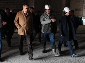 Губернатор Ленобласти Александр Юрьевич Дрозденко посетил английскую школу в ЖК «Энфилд»